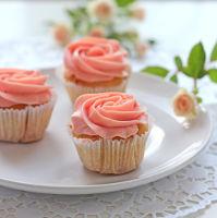 CupcakeHoaHong
