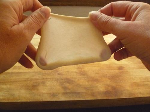 nhồi bột bánh mì bằng máy   Món Miền Trung