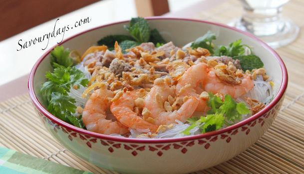 Miến Phở Trộn Tom Thịt Sốt Me Chua Ngọt Kiểu Thai Savoury Days
