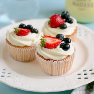 cach-lam-cupcake-kem-tuoi-menu